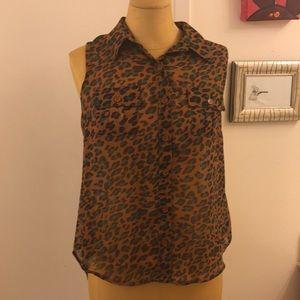 Nordstrom BLU PEPPER animal print sleeveless shirt
